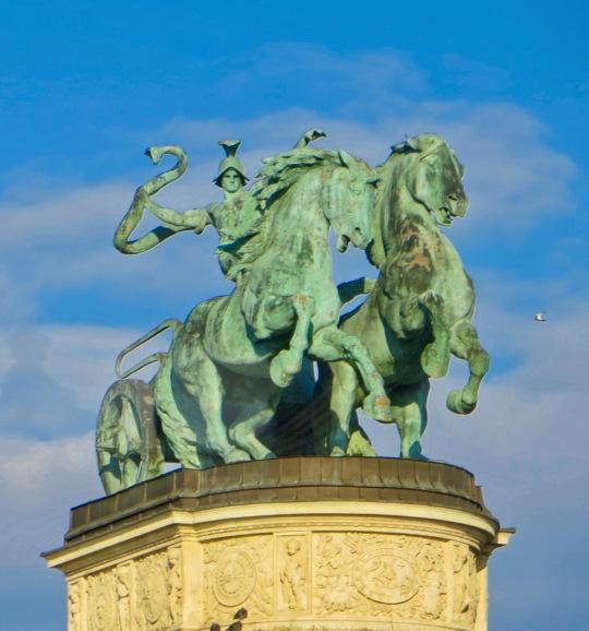 Sculpture - Hero's Square