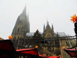 Cologne: Cathedral, Christmas Market, Kölsch and Carnival Craziness