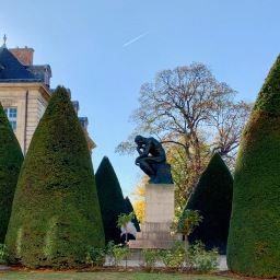 Strolling to the Rodin Museum