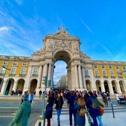 Lisbon: Tour and Tiles